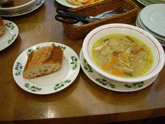 六花亭のスープとパン