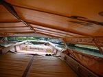 低くなった船の屋根