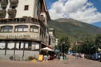 Tirano駅前のレストラン。ここでピザを買った
