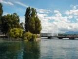 レマン湖と間欠泉