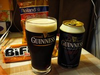 GUINNESS by LUMIX FX9 マクロモード F2.8 1/8sec
