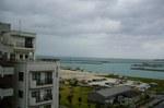 ホテルから竹富島、西表島を望む