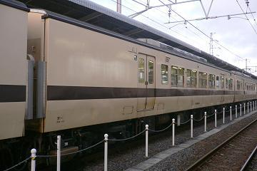 京キト117系S2編成モハ116−36の写真
